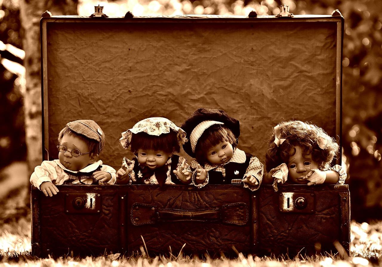 dolls-1819952_1280